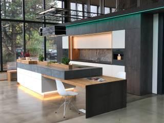 Küche im Industrie Loft Style :  Küche von Ebbecke GmbH - excellent einrichten