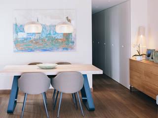 Reforma interior vivienda: Comedores de estilo  de Oslätt ,