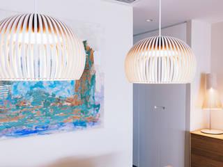 Reforma interior vivienda Comedores de estilo minimalista de Oslätt Minimalista
