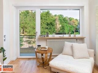 Moderne Fenster & Türen von Gruppo Infissi Modern