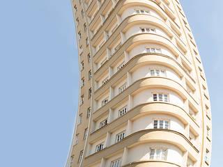 Paredes y pisos de estilo clásico de Roger Engelmann Fotografia Clásico