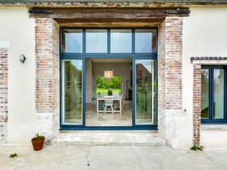 Scandinavian style windows & doors by blackStones Scandinavian
