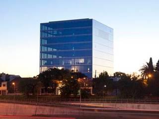 Ruang Kerja oleh Speziale Linares arquitectos, Modern