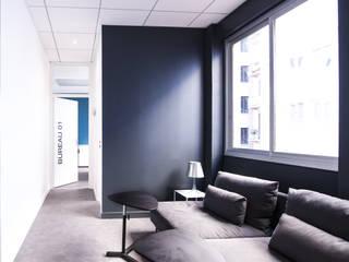 ESPACE DE COWORKING WEBUP SPACE Espaces de bureaux minimalistes par AGENCE DEL IN Minimaliste