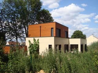 Casas de madera de estilo  de EC-BOIS, Moderno