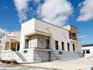 Vivienda en Quintana de la Serena Casas de estilo moderno de DonStudio Moderno