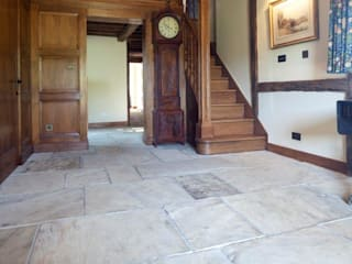 Internal Flooring by Artorius Faber