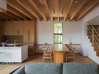 Dining room by 柳瀬真澄建築設計工房 Masumi Yanase Architect Office, Modern