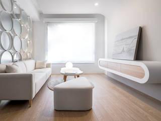 Scandinavian style living room by 磨設計 Scandinavian