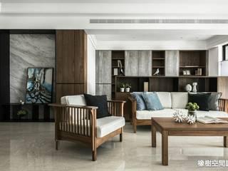 高雄 李宅:  客廳 by 橡樹設計Oak Design