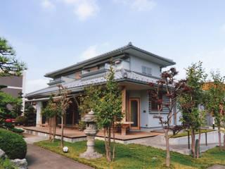 シニア世代の建て替え:終の住処(和風): (株)独楽蔵 KOMAGURAが手掛けた木造住宅です。