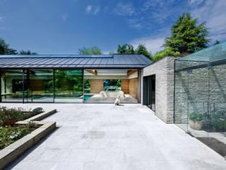 Pool, Pool Haus, Fassaden und Aussenanlage Moderner Balkon, Veranda & Terrasse von Ecologic City Garden - Paul Marie Creation Modern