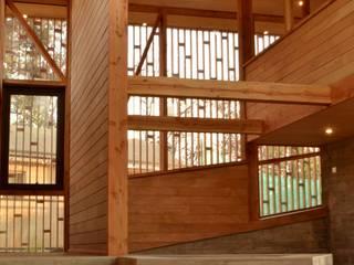 Salon de style  par PhilippeGameArquitectos, Moderne