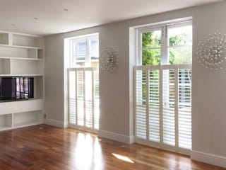Gorgeous Cafe Style Shutters in Greenwich Plantation Shutters Ltd Living roomAccessories & decoration Kayu White