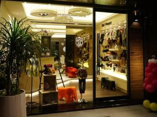 Espaces commerciaux de style  par 沐築空間設計,