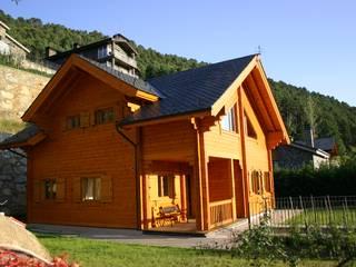 Holzhaus von EC-BOIS, Rustikal