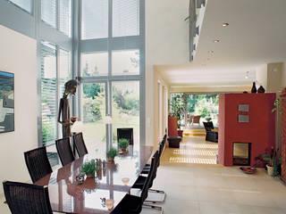 moderne Eetkamer door Grotegut Architekten