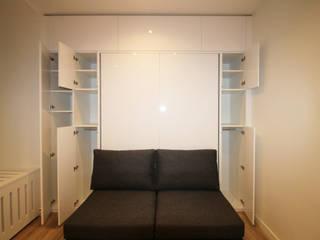 STUDIO A STRASBOURG: Salon de style de style Moderne par Agence ADI-HOME