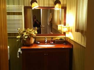 baño:  de estilo  de Arquitecta interiores Ana Serrano