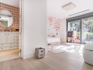 Bedroom by Tarimas de Autor, Modern