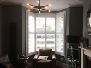 Stylish Shutters for a Stylist Sitting Room. Plantation Shutters Ltd Living roomAccessories & decoration Kayu White