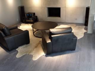 Salon minimaliste par Shine Star Flooring Minimaliste