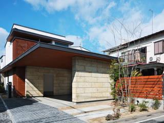 現代房屋設計點子、靈感 & 圖片 根據 かんばら設計室 現代風