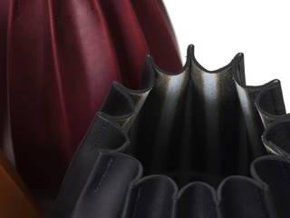 Laetitia Fortin cuir contenants plissés:  de style  par Laëtitia Fortin