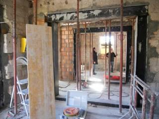 ristrutturazione edificio residenziale di Della Bona & Fiorentini Studio di Architettura Minimalista