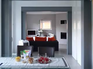 ristrutturazione edificio residenziale Sala da pranzo minimalista di Della Bona & Fiorentini Studio di Architettura Minimalista