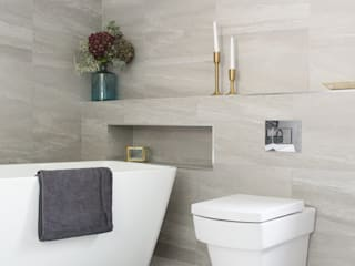 West Winds - Main Bathroom Minimalist bathroom by Brass & Rose Interiors Minimalist