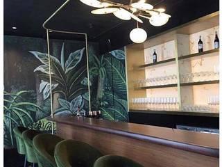 Hemant Oberoi Restaurant - Lighting Modern bars & clubs by Jainsons Emporio Modern