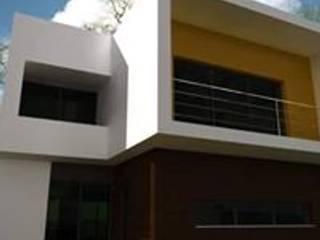 MORADIA UNIFAMILIAR: Casas unifamilares  por SÉTIMA GERAÇÃO,LDA