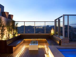 Piscinas de estilo moderno de Daniela Andrade Arquitetura Moderno
