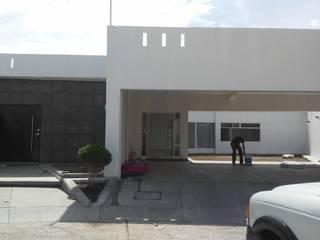 Casa Residencial: Casas de estilo  por GRUPO CONSTRUCTOR VALLES