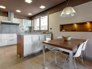 Decara Modern kitchen Wood Brown