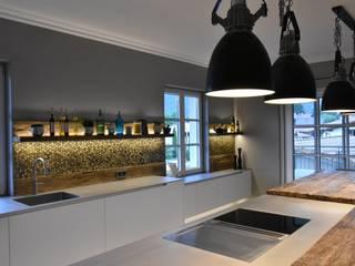 by Pomp & Friends - Interior Designer Modern