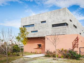 de Speziale Linares arquitectos Moderno