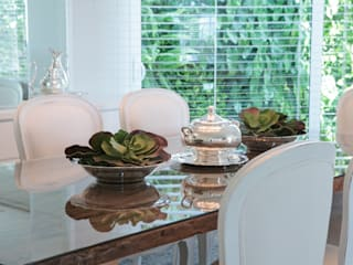 Dining room by Maria Teresa Espinosa,