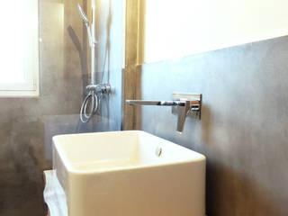 Bagno Ecologico: Bagno in stile  di Studio Architettura x Sostenibilità