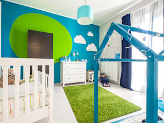 KIDS ROOM: Camera da letto in stile  di NINE associati