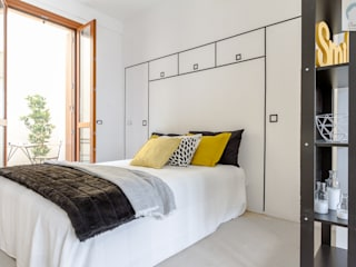 Modern style bedroom by Charming Home Modern