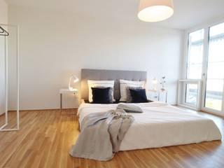 WOHNUNG IN DER HAMBURGER HAFENCITY Nicole Schütz Home Staging Moderne Schlafzimmer
