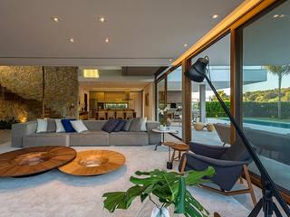 Livings de estilo moderno de Ruschel Arquitetura e Urbanismo Moderno