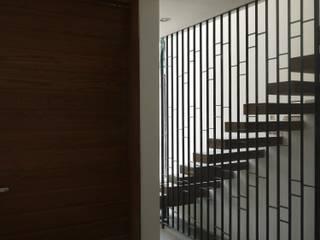 Casa ASIS de DEVELOP ARQUITECTOS Moderno