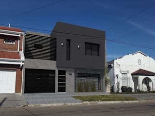 Vivienda Unifamiliar: Casas de estilo  por Küp Arq
