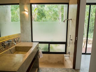 Bathroom by CO-TA ARQUITECTURA
