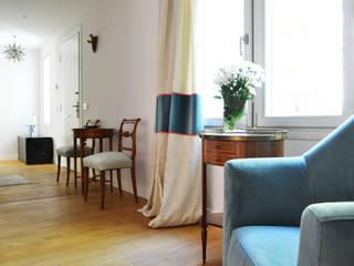 Salón: Salones de estilo clásico de Diseño Interior Bruto