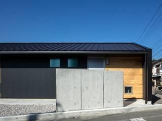 Rumah Modern Oleh アトリエセッテン一級建築士事務所 Modern