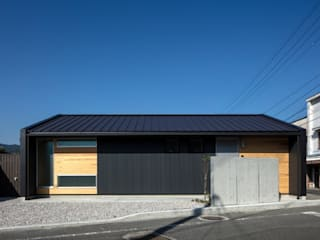 Rumah oleh アトリエセッテン一級建築士事務所, Modern